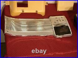 62 63 64 Pontiac Catalina Bonneville Grand Prix 4 Speed Console